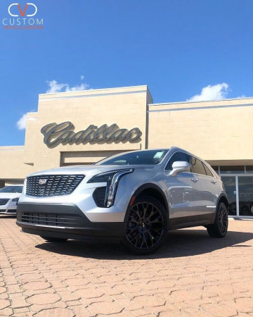 "2020 Cadillac XT4 with 20"" Vogue VT383 wheels & Vogue Signature V SCT2 Tyres⠀"