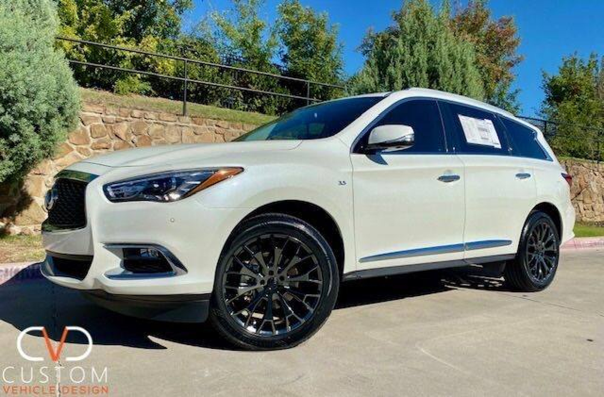 2020 Infiniti QX60 with Vogue VT383 wheels & tyres