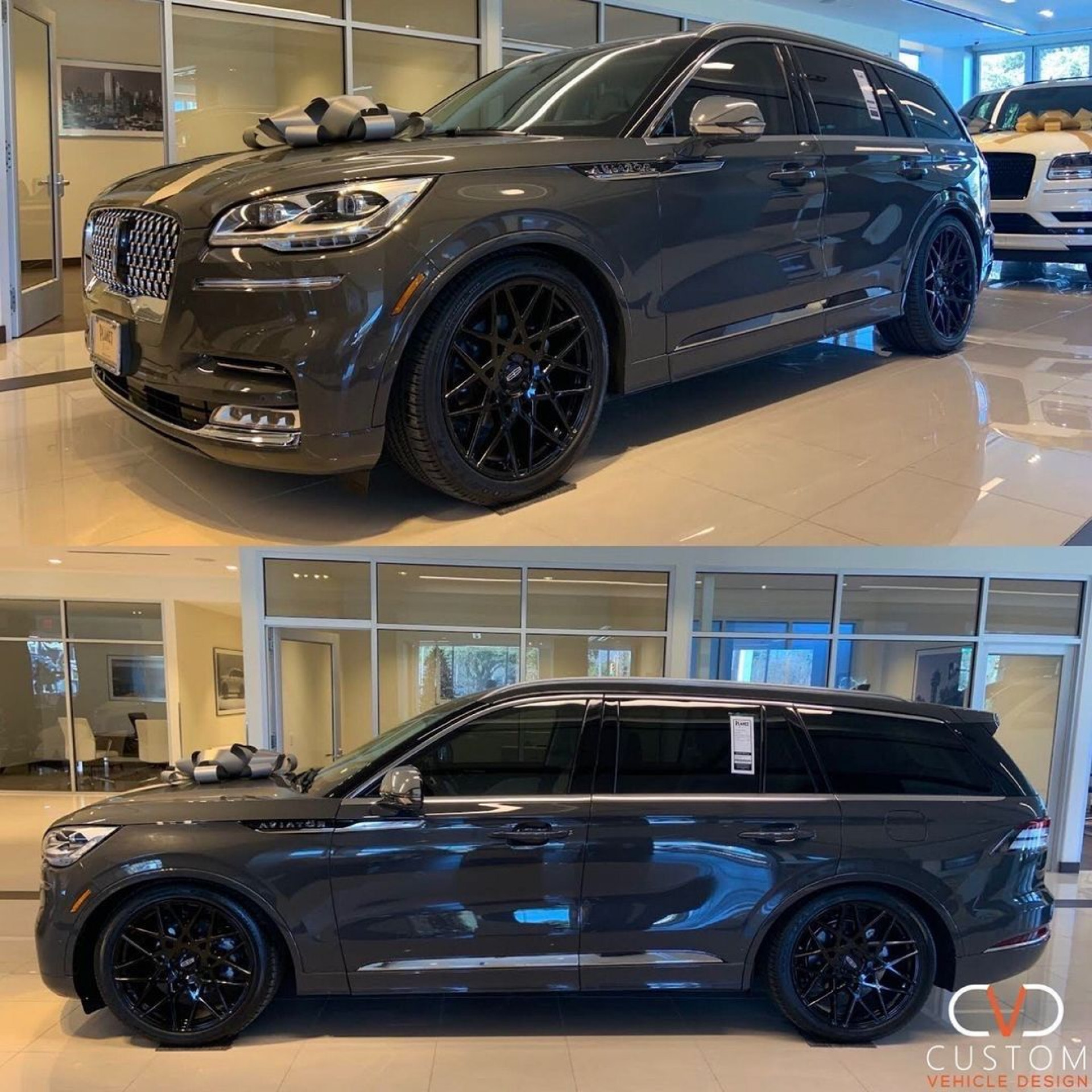 """Lincoln Aviator with 22"""" Status Griffin wheels"""