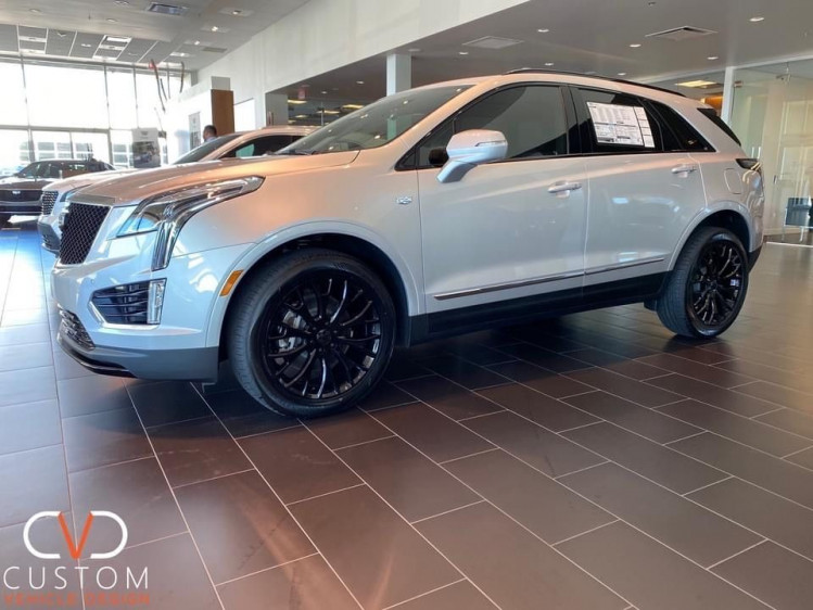 Cadillac XT5 Sport with Vogue wheels and tyres