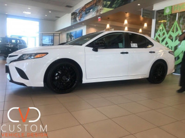 Toyota Camry with Blaque Diamond Wheels and Vogue Signature V Tyres