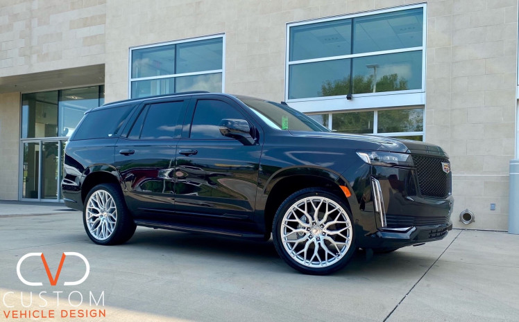Cadillac Escalade with 24 inch HF6-3's on Vogue Signature V Tyres