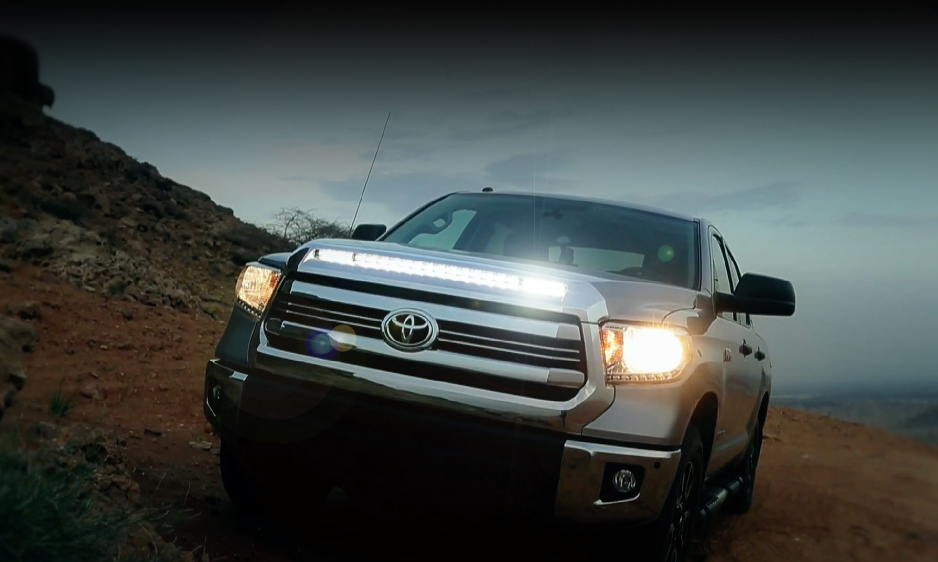 Toyota Tundra Light Bar