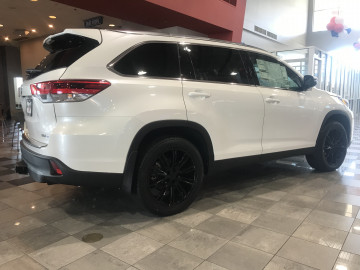 "Toyota Highlander -20"" VT386 wrapped with 255/50R20 NEXEN Rodian HP"