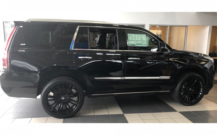 Cadillac Escalade - 24 inch Black Rhino Kruger and 305/35/24 Signature V tires