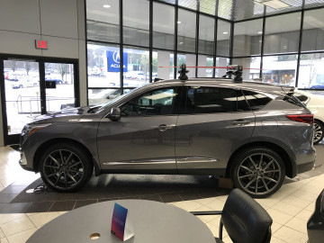 Acura RDX with Vossen VFS1 wheels and 265/35/22 tires