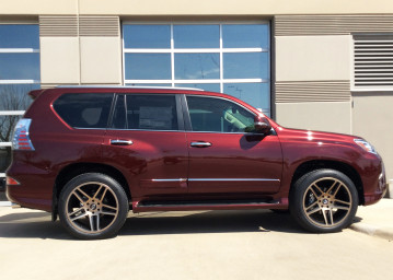 Lexus GX460 2x10 all around wrapped in 275/45/22 Michelin Premier tires
