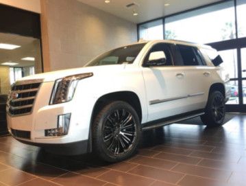 Cadillac Escalade with Vt386