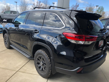 Toyota Highlander with 17 inch Black Rhino Warlord wheels in gun black