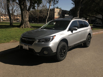 """Subaru Outback with 2"""" ReadyLIFT, 17"""" York and 245.65.17 BF KO2"""