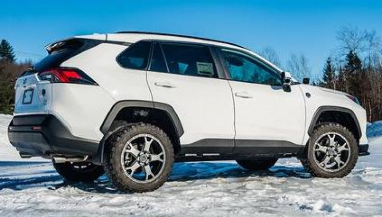 "Toyota Rav4 1.5"" Lift Kit"