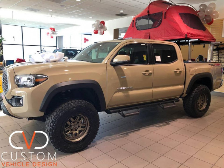 2020 TOYOTA TACOMA WITH 18 INCH BLACK RHINO BARSTOW (BRONZE) WHEELS