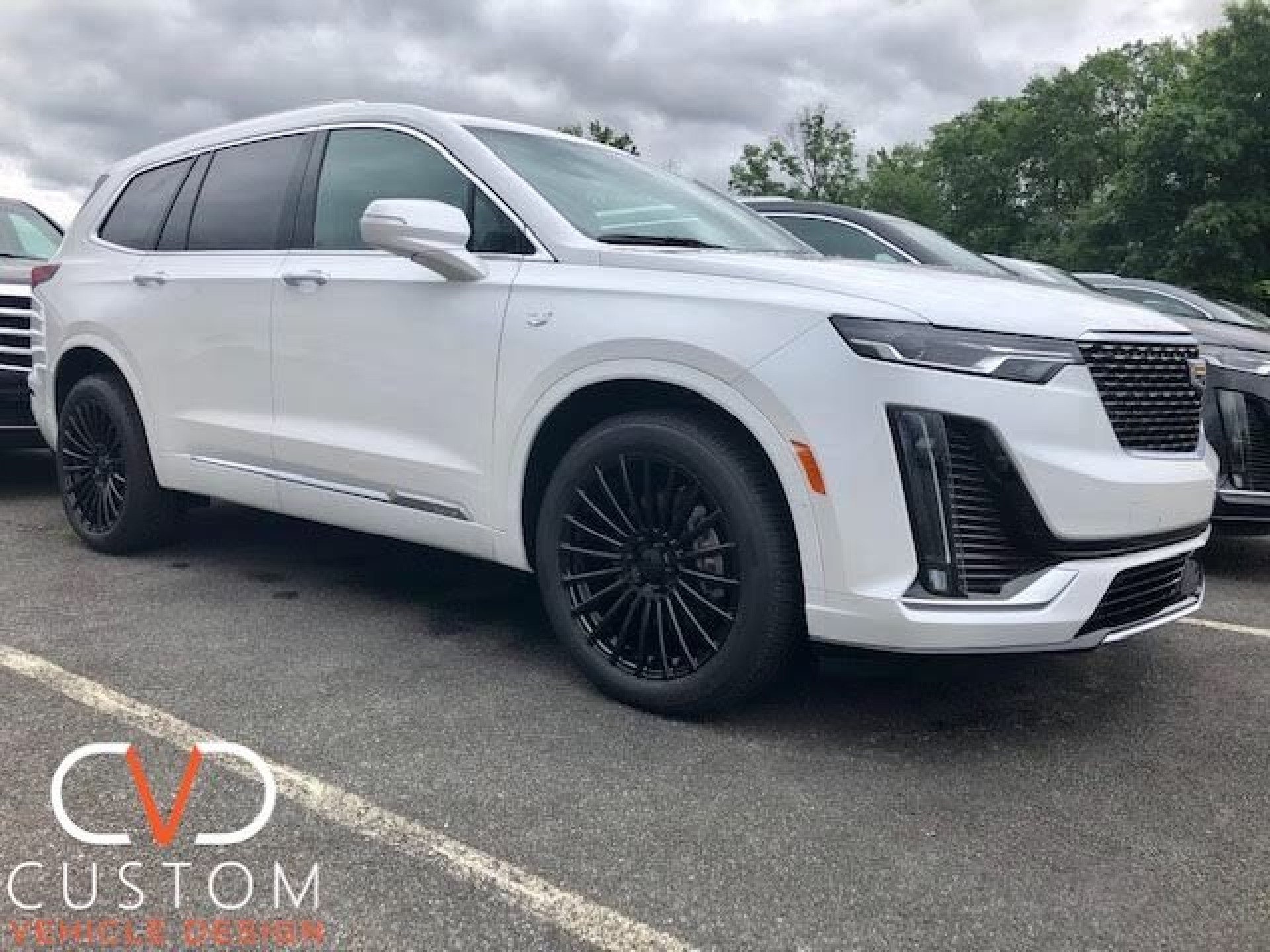 2020 Cadillac XT6 with Vogue VT387 wheels