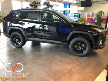 Toyota Rav4 with Enkei Vulcan wheels