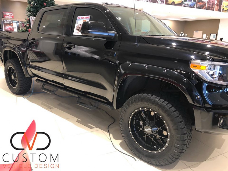 2020 Toyota Tundra with Moto Metal wheels and Nitto Tires