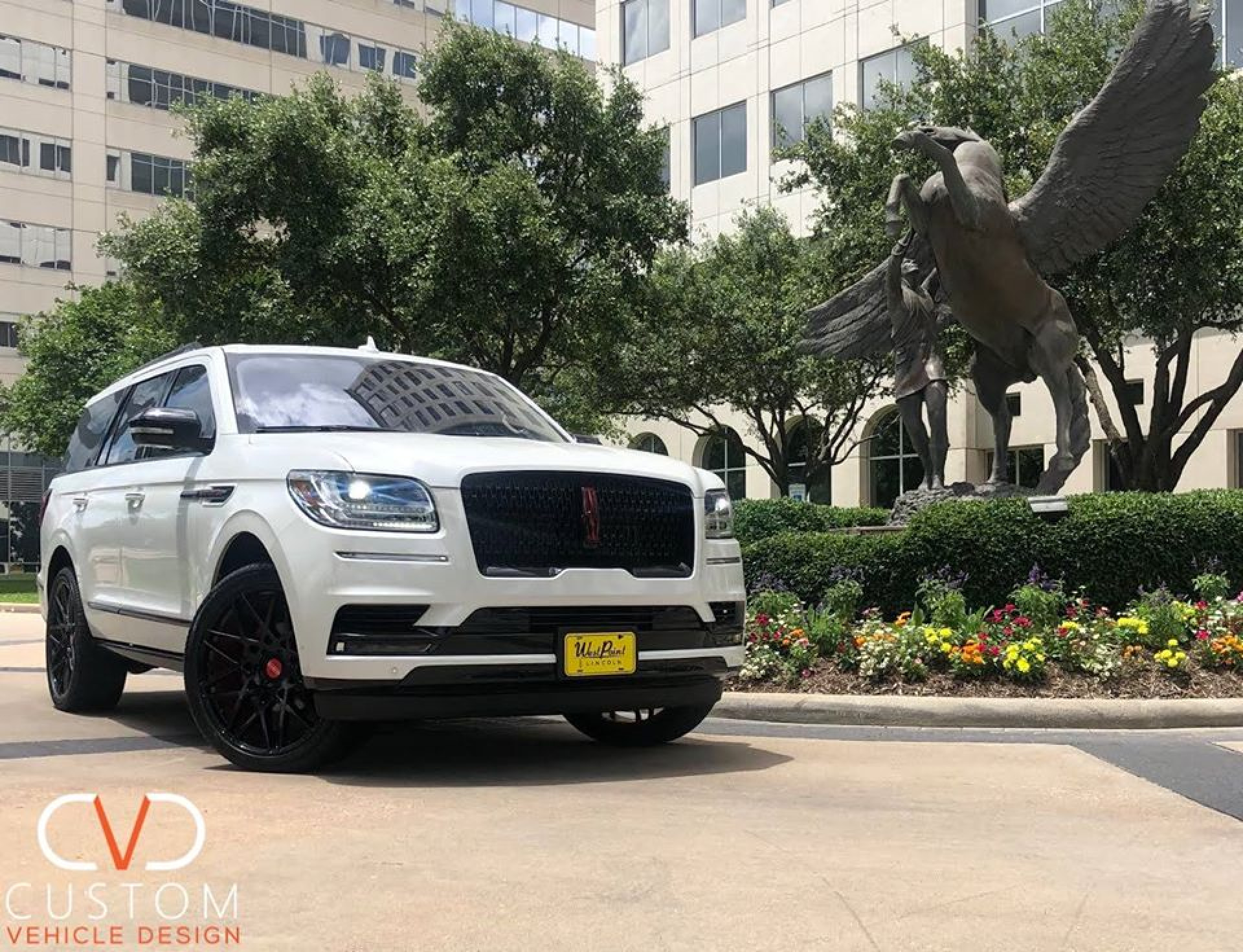 "2020 Lincoln Navigator - Deviate Signature series - with 24"" Griffin Gloss Black wheels."