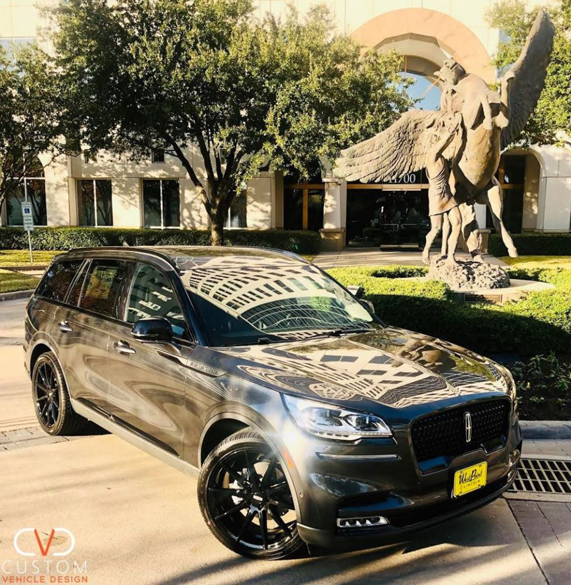 2020 Lincoln Aviator with a Custom Blackout Package (22inch Clypse Gloss Black Wheels)